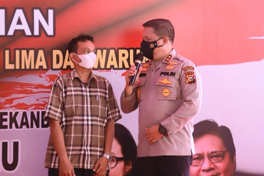 """Giliran Di Pekanbaru, Kapolda Riau Lounching Aplikasi """"Bersama Selamatkan Riau"""" Tangani Covid-19 Di Mapolresta"""