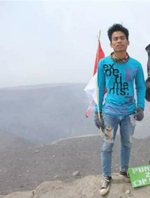Hendro Waibi Anak Muda Kuansing Pecinta Alam