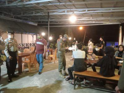 Kapolres Kuansing AKBP Rendra Oktha Dinata, SIK M.Si pimpin apel Konsolidasi Tim Patroli Gabungan