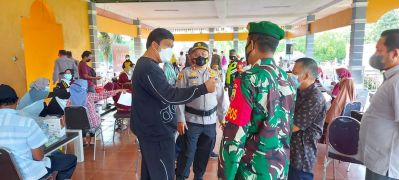 Sampaikan Apresiasi Pelaksanaan Vaksinasi Massal Hari Bhayangkara ke-75 di Kuansing, Bupati Kuansing : Kami Akan Terus Bersinergi Dalam Rangka Penanganan Covid